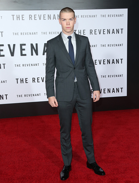 "The Revenant - 2015 Film「Premiere Of 20th Century Fox And Regency Enterprises' ""The Revenant"" - Arrivals」:写真・画像(8)[壁紙.com]"