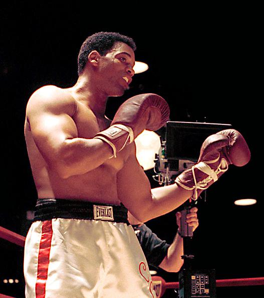 "Boxing Ring「Will Smith ""Ali"" Movie Set」:写真・画像(14)[壁紙.com]"