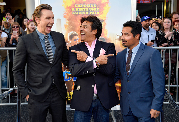 """Small Group Of People「Premiere Of Warner Bros. Pictures' """"CHiPS"""" - Arrivals」:写真・画像(16)[壁紙.com]"""