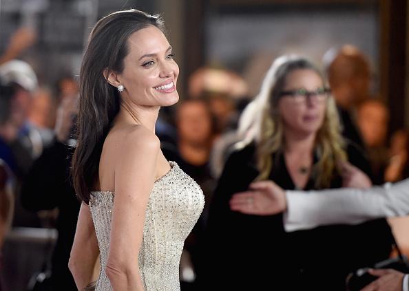 アンジェリーナ・ジョリー「AFI FEST 2015 Presented By Audi Opening Night Gala Premiere Of Universal Pictures' 'By The Sea' - Arrivals」:写真・画像(13)[壁紙.com]