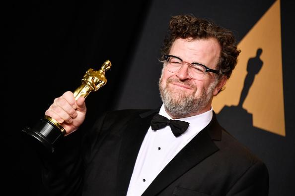 Best Screenplay Award「89th Annual Academy Awards - Press Room」:写真・画像(18)[壁紙.com]