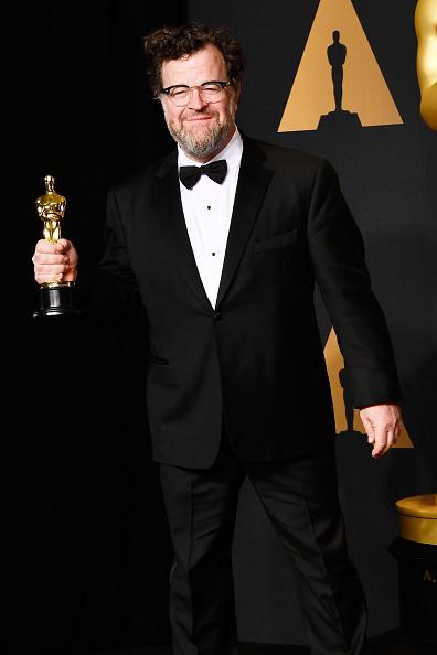 Best Screenplay Award「89th Annual Academy Awards - Press Room」:写真・画像(14)[壁紙.com]