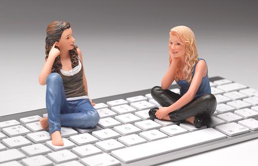 Teenager「Teenagers on keyboard」:スマホ壁紙(17)