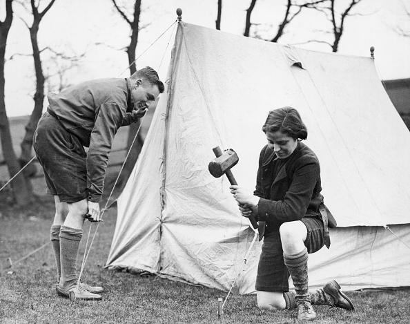 Camping「Pitching Camp」:写真・画像(4)[壁紙.com]