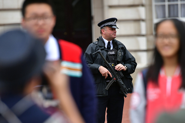 Weapon「Armed Security Services Patrol Central London」:写真・画像(16)[壁紙.com]