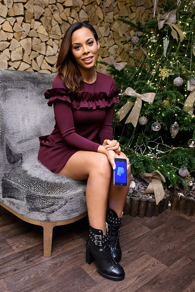 Wallet「Rochelle Humes joins forces with PayPal to banish bad gifts for Christmas this December」:写真・画像(16)[壁紙.com]