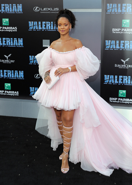 """Pink Color「Premiere Of EuropaCorp And STX Entertainment's """"Valerian And The City Of A Thousand Planets"""" - Arrivals」:写真・画像(16)[壁紙.com]"""