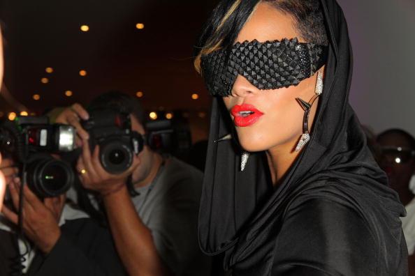 Red Lipstick「Intermix Celebrates Fashion's Night Out」:写真・画像(9)[壁紙.com]