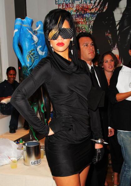 Bangs「Intermix Celebrates Fashion's Night Out」:写真・画像(4)[壁紙.com]