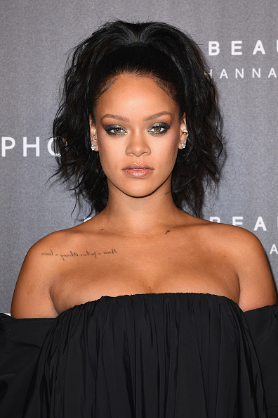 ヘッドショット「Sephora Hosts Fenty Beauty By Rihanna Launches in Paris」:写真・画像(16)[壁紙.com]