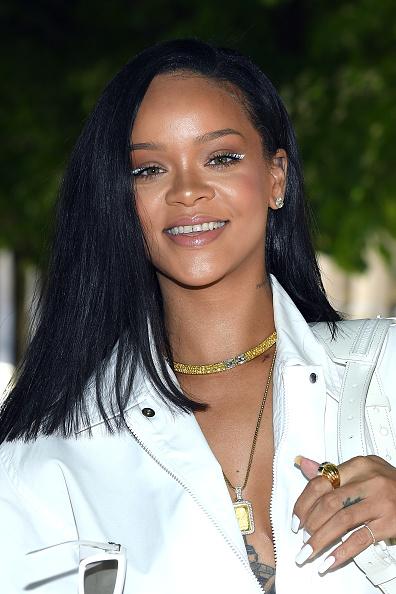 Rihanna「Louis Vuitton: Front Row - Paris Fashion Week - Menswear Spring/Summer 2019」:写真・画像(19)[壁紙.com]