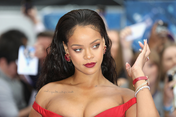 "Rihanna「""Valerian And The City Of A Thousand Planets"" European Premiere - Red Carpet Arrivals」:写真・画像(2)[壁紙.com]"