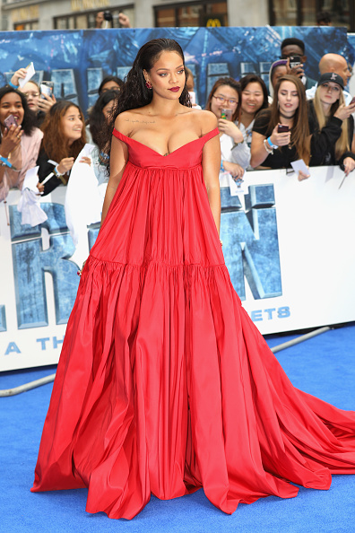 Incidental People「'Valerian And The City Of A Thousand Planets' European Premiere - Red Carpet Arrivals」:写真・画像(18)[壁紙.com]