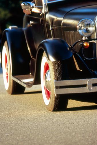 Hot Rod Car「Hot rod on road (cropped)」:スマホ壁紙(16)