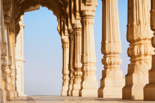 Jodhpur「Colonnade of Jaswant Tada」:スマホ壁紙(16)