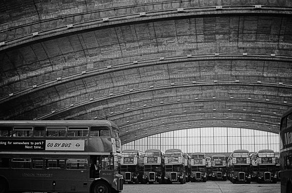 Ceiling「Stockwell Bus Garage」:写真・画像(17)[壁紙.com]