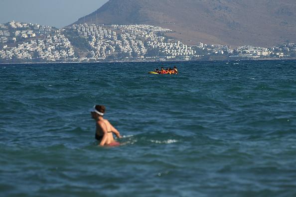 Mediterranean Sea「Migrants Begin Their Journey Through Europe In Kos」:写真・画像(1)[壁紙.com]