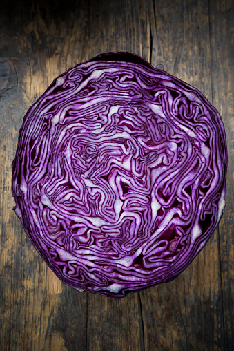 Red Cabbage「Half of red cabbage」:スマホ壁紙(5)