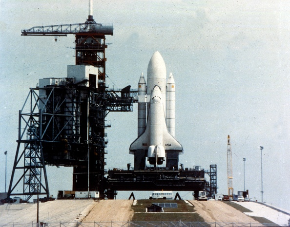 NASA Kennedy Space Center「Space Shuttle Orbiter On Launch Pad On Launch Pad」:写真・画像(17)[壁紙.com]