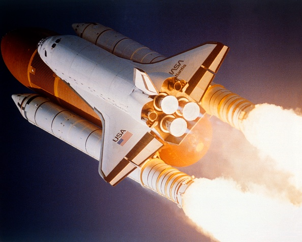 NASA Kennedy Space Center「Space Shuttle Atlantis Launching From Kennedy Space Center,」:写真・画像(13)[壁紙.com]