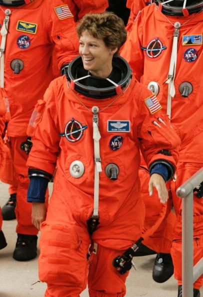 Females「Space Shuttle Returns To Orbit After Two-Year Hiatus」:写真・画像(14)[壁紙.com]