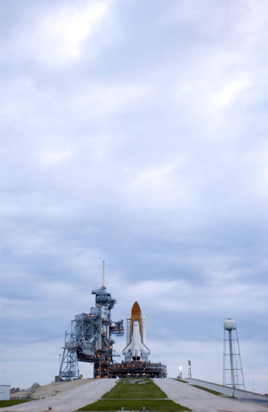 Vehicle Assembly Building「Shuttle Discovery Rollback」:写真・画像(15)[壁紙.com]