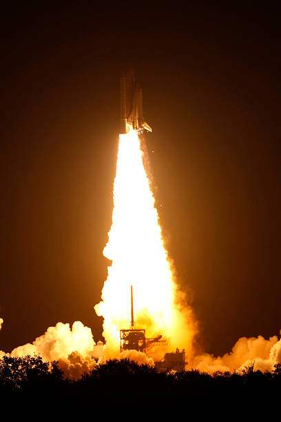 NASA Launch Of Space Shuttle Endeavour:ニュース(壁紙.com)