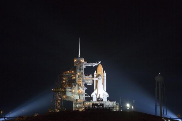 Space Shuttle Endeavor「NASA Prepares For Endeavour Lift-Off」:写真・画像(19)[壁紙.com]
