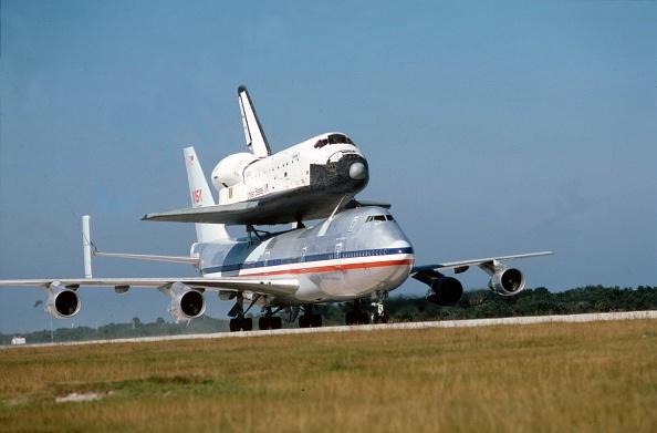 Karlsruher SC「Space Shuttle Atop Boeing 747」:写真・画像(14)[壁紙.com]