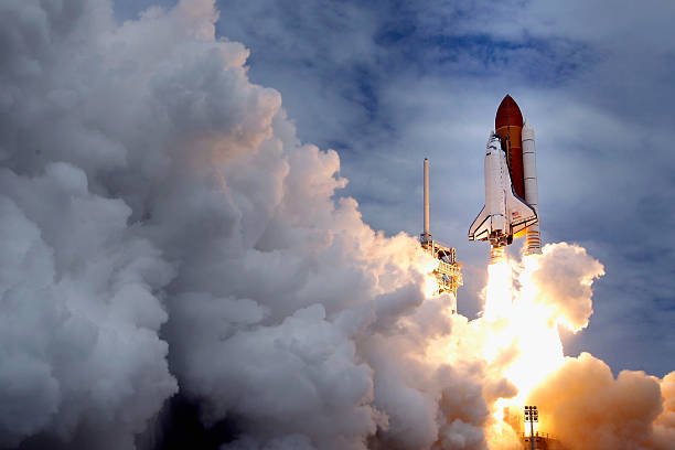 NASA's Final Space Shuttle Flight Lifts Off From Cape Canaveral:ニュース(壁紙.com)