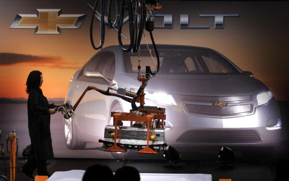 Lithium「GM Battery Begins Assembly Of Electric Battery For Its Volt Car」:写真・画像(4)[壁紙.com]