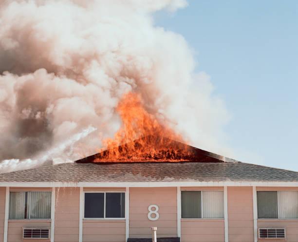 Building on fire:スマホ壁紙(壁紙.com)