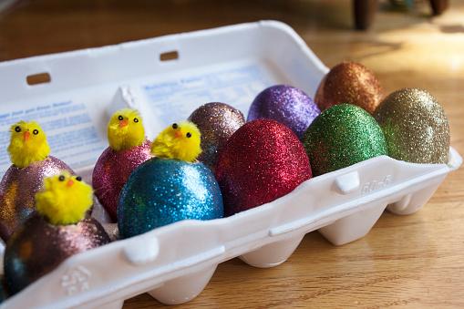 イースター「Eggs decorated for Easter.」:スマホ壁紙(7)