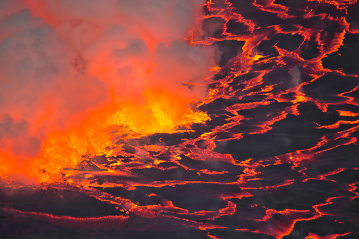 コンゴ民主共和国「Mount Nyiragongo Volcano, Kibati, Virunga National Park, Parq National des Virunga, Democratic Republic of Congo」:スマホ壁紙(11)
