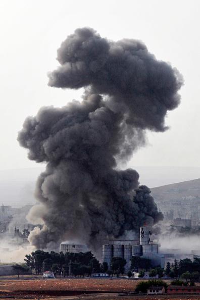 Thick「Syrian Kurds Battle IS To Retain Control Of Kobani」:写真・画像(0)[壁紙.com]