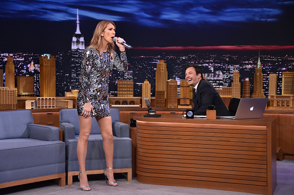 セリーヌ・ディオン「Celine Dion Visits 'The Tonight Show Starring Jimmy Fallon'」:写真・画像(6)[壁紙.com]