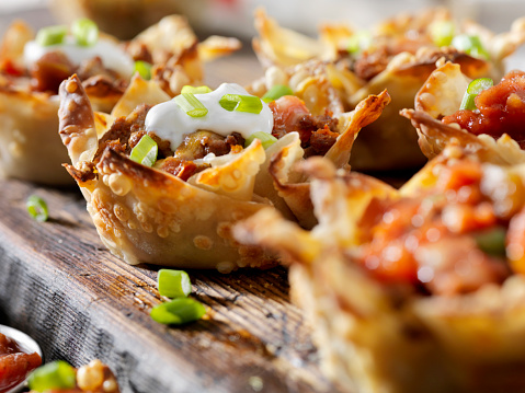 Sour Cream「Crispy Baked, Wonton Taco Bowls」:スマホ壁紙(4)