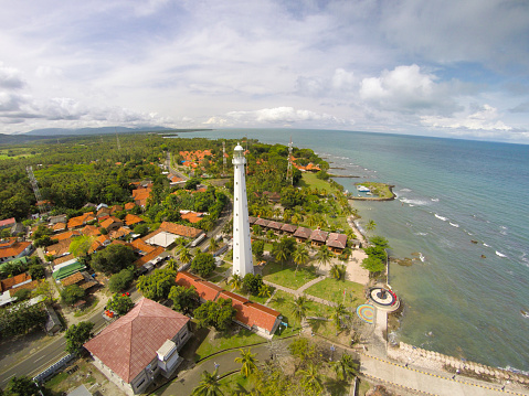 Krakatau - Volcano「Cikoneng Lighthouse in Anyer, Indonesia, from the air」:スマホ壁紙(14)