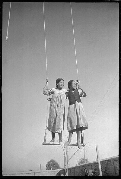 Tradition「On A Swing」:写真・画像(17)[壁紙.com]