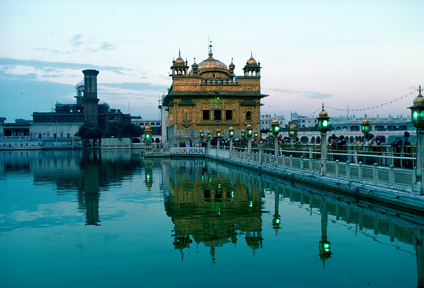 Copy Space「Golden Temple, Amritsar, India」:写真・画像(12)[壁紙.com]