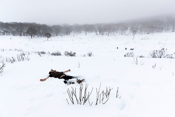 Mountain「Snow Falls In Australian Alps As Cold Front Moves Across Eastern States」:写真・画像(5)[壁紙.com]