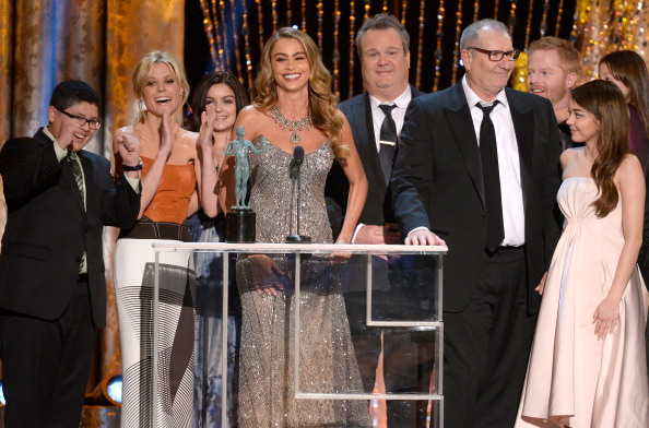 Modern Family - Television Show「20th Annual Screen Actors Guild Awards - Show」:写真・画像(13)[壁紙.com]