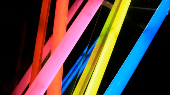 Neon「チューブ」:スマホ壁紙(7)