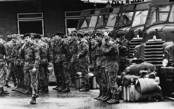 Waiting「Chelsea Barracks」:写真・画像(11)[壁紙.com]