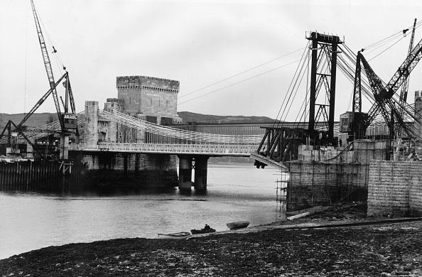 Conwy「Conway Bridge」:写真・画像(1)[壁紙.com]