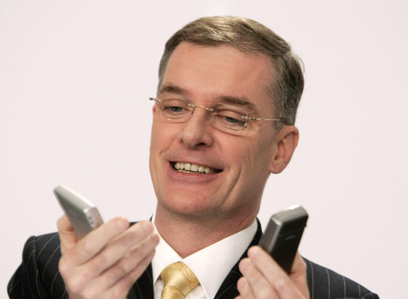 Conference Phone「Nokia And Siemens - Mobile Phone Giants Merge Networks」:写真・画像(9)[壁紙.com]