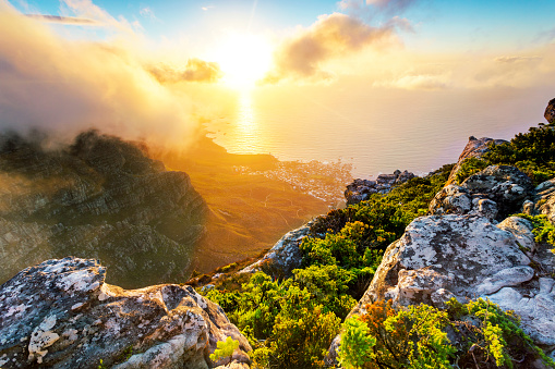 Coastal Feature「Africa, South Africa, Western Cape, Cape Town, Table Mountain」:スマホ壁紙(7)
