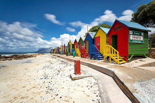 Changing Cubicle「Africa, South Africa, Western Cape, Cape Town, St. James, False Bay, colorful cabanas」:スマホ壁紙(13)
