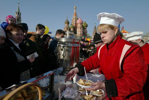 Basil「Russians Attend Maslenitsa Festivities」:写真・画像(18)[壁紙.com]