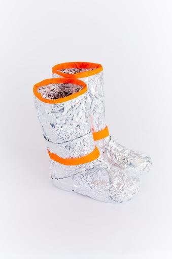 Silver Shoe「Tin foil space boots」:スマホ壁紙(16)